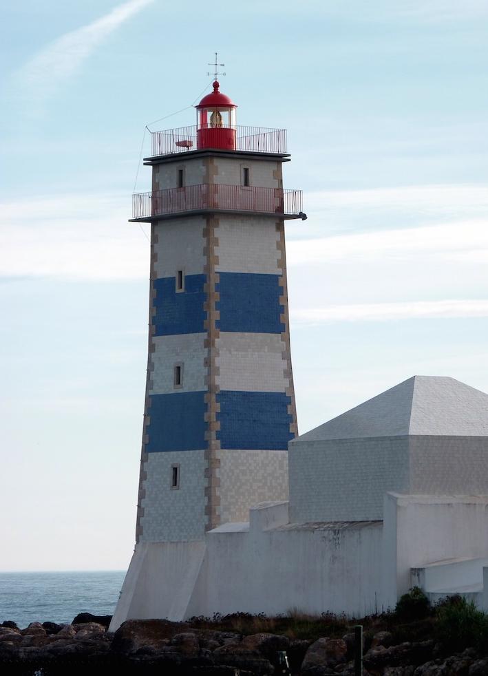 phare de Cascais.JPG