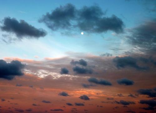 Lever pleine lune 2 25 juin.JPG