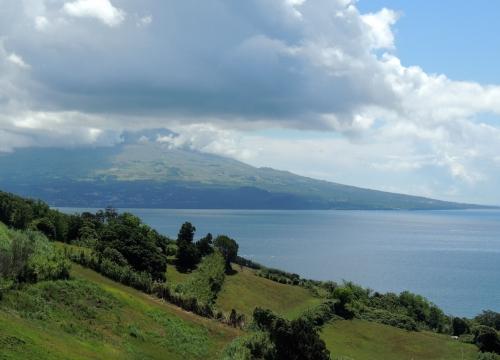 Vue volcan2.JPG