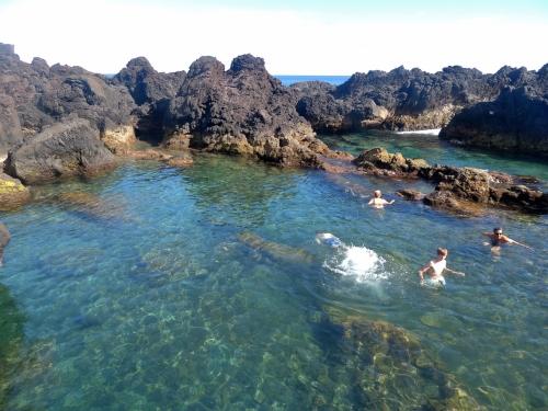 Castelha do Nesquim piscines2.JPG